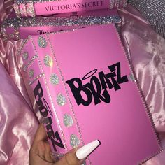 Boujee Aesthetic Discover Glamour and Luxury Glamour and Luxury Boujee Aesthetic, Bad Girl Aesthetic, Aesthetic Collage, Aesthetic Pictures, Aesthetic Women, Aesthetic Clothes, Bedroom Wall Collage, Photo Wall Collage, Picture Wall
