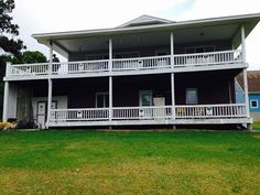 FSBO Swansboro NC - Waterfront on the White Oak River Beautiful water view with dock and working boat lift! Homeowners dues are $150 per year!