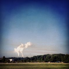 """""""As I approached her house, I saw a familiar, and maddening view — brown streaks across the sky — evidence of the nearby A.B. Brown coal-fired power plant."""" Read more: http://www.momscleanairforce.org/2013/08/27/mercury-pollution/ #Indiana #Pollution"""