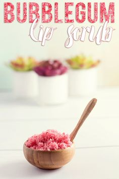 Bubblegum Lip Scrub Save your cash and pamper your lips at home with this amazing DIY Bubblegum Lip Scrub! Your lips will thank you!Save your cash and pamper your lips at home with this amazing DIY Bubblegum Lip Scrub! Your lips will thank you! Top 10 Beauty Tips, Diy Beauty, Beauty Hacks, Beauty Advice, Beauty Stuff, Beauty Makeup, Lip Scrub Homemade, Diy Scrub, Homemade Facials