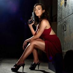 Cote de Pablo is a Chilean-American actress know for playing Ziva David in the CBS television series NCIS. Ziva David, Eliza Dushku, Michael Weatherly, Buffy, Olivia De Havilland, Beauty And Fashion, Womens Fashion, Hollywood, The Villain