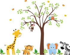 PRODUKTDETAILS: Erstaunlich, Baumschule Baum Aufkleber gefüllt mit gemusterten Blättern und bightly farbige Dschungel Tiere. WAS IST