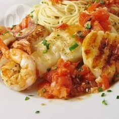 Pan-Fried Cod and Prawns with Tomato