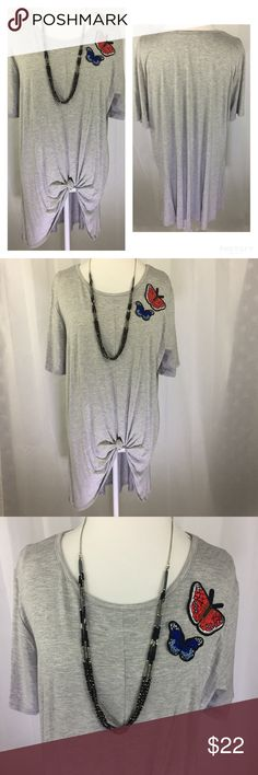 🆕 Plus Size Boho Side Tie Tunic 🦋 Perfect for fall! This cute heather gray Tunic has two embroidered butterflies and trendy side tie! Pair with leggings or skinny jeans 🦋Size 2X. Tops