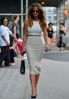 11 LOOKS DA CHRISSY TEIGEN POR AÍ - Fashionismo  #Chrissy // Saved by Chrissy Kapp Blair Pinterest.com//
