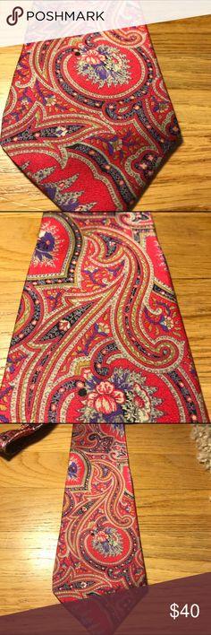 Brioni Silk Tie Beautiful Brioni 100% Silk Tie perfect condition Brioni Accessories Ties