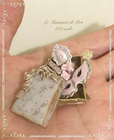 1/12 box with lady accessories dollshouse miniature hand made by Bea antiche french style, box, mask, mirror and brush.