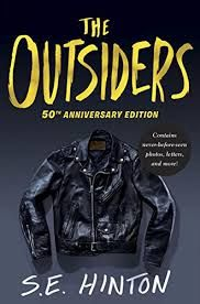 Booktopia has The Outsiders Anniversary Edition by S. Buy a discounted Hardcover of The Outsiders Anniversary Edition online from Australia's leading online bookstore. Ya Books, Books To Read, Literature Books, Die Outsider, Beloved Movie, Stephen King, Life Changing Books, Young Adult Fiction, Thing 1