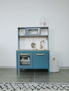 ikea hack comment relooker la cuisine pour enfant duktig pinterest cuisine ikea ikea et. Black Bedroom Furniture Sets. Home Design Ideas