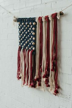 American Flag Wall Hanging macrame art Hand Made , American Flag Wall Hanging macrame art This flag is made with American grown cotton and American made rope by a company that is owned and operate. Macrame Wall Hanging Patterns, Crochet Wall Hangings, Macrame Patterns, Diy Crochet Wall Hanging, Yarn Wall Art, Yarn Wall Hanging, Hanging Plant, Hanging Storage, Plant Hanger