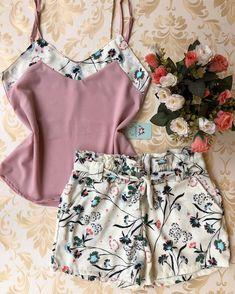 🌻 #atacado🌻#moda #look #modagoiania#model #luxo #vestidos 👗#coresradiantes #euusogirassol❤️ #apaixonada😍 #lookdodia #fashion #tendencias… Sleepwear Women, Lingerie Sleepwear, Nightwear, Cute Comfy Outfits, Trendy Outfits, Tween Trendy Clothes, Girl Fashion, Fashion Outfits, Womens Fashion