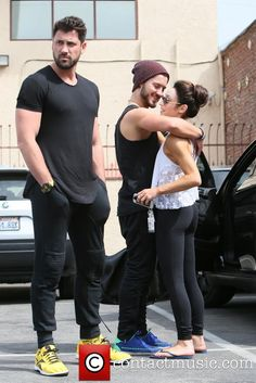 val chmerkovskiy is he gay