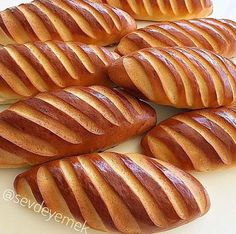 Sandwich donut Kitchen Decor - Home creative ideas Bakery Recipes, Donut Recipes, Turkish Recipes, Ethnic Recipes, Sandwiches, Beignets, Meals For One, Hot Dog Buns, Donuts
