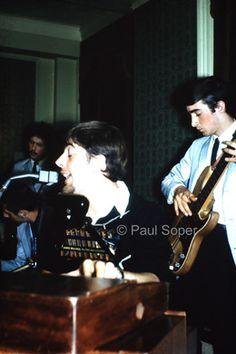 Eric Clapton, John Mayall & John McVie (1965)