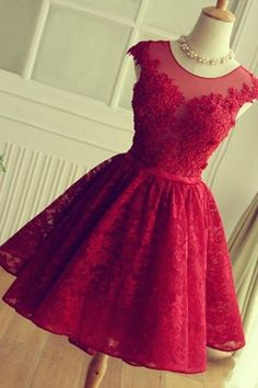 Red Lace Appliques Short Prom Dresses b11ec126ac5f