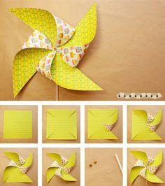 Molino de papel Me gusta esta manualidad sirve para decorar el ambiente y los pasos son súper fáciles Los materiales son: Hoja decorada o de color que sea cuadrada Un palito chino o sorbete Y una cuenta o botonsito