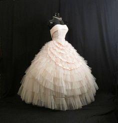 Stunning 1950s Pink Tulle Taffeta Party Dress
