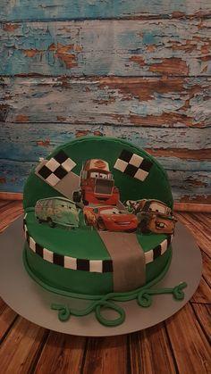 Cars vs elsa  Torte Elsa, Birthday Cake, Cars, Desserts, Food, Fondant Cakes, Birthday Cakes, Meal, Deserts