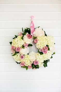 pink + white wreath | Robyn Van Dyke #wedding