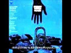 """1973年の国内発売当時、""""パーシー・フェイスの新しい世界""""という邦題がつけられたアルバム「CLAIR」の中の1曲が、カーティス・メイフィールドの名曲「スーパーフライ」。  1973年の1月5日に一流スタジオ・ミュージシャンを集めてハリウッドで録音されました。確か、Saxのソロはピート・クリスリーブだったと思います。  ジャケットのイメージもムード・ミュージックらしくないタッチで、新領域への意気込みを感じさせます。  自分の奏でる音楽は「決してムード・ミュージックではない」と言い続けていたパーシー・フェイスの想いが伝わるサウンドと言えるでしょう。"""