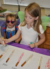 Homemaking Fun: A Tinkerbell Birthday Party-tinkerbell wands