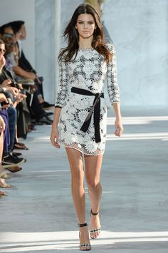 Diane von Furstenberg #Spring2015 Kendall Jenner - #Fashion #Runway #Beautiful #PrettyDress #BlackandWhite