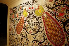 Walls are an important part of any room and here we look at several options to use the wall as a focal point by painting using Indian folk art tales. Madhubani Art, Madhubani Painting, Mural Art, Wall Murals, Indian Paintings, Wall Paintings, Painting Walls, Acrylic Paintings, Kerala Mural Painting