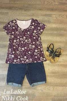 Floral Classic T