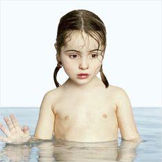 *** WATERPORTRAITS # 1 Portretten van KINDEREN IN WATER ***