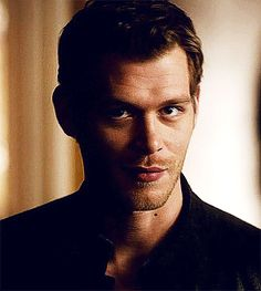 vampire diaries klaus Am I the only one dying to Klaus and Caroline to be together?!