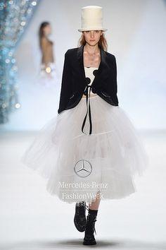 MARC CAIN S/S 2015 Fashion Week Berlin 2014