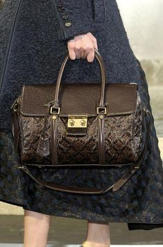 76bfae400e81 batchwholesale com 2013 latest LV handbags online outlet
