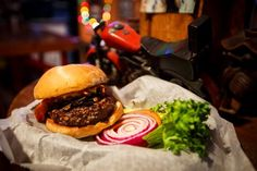 Whether you're hankering for a simple, blue-collar patty or a burger with a bit more flair, you'll find something to suit your taste in Florida.