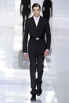 Dior Homme Fall-Winter 2013-14 – Look 5. Discover more on www.dior.com