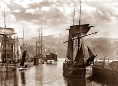 Dock End Whitby Harbour by Frank Meadow Sutcliffe Preus museum