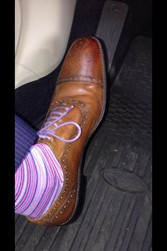 A man with nice shoes... Siigh