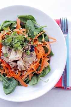 I'm on a Salad kick - Lots of new salads to try!  Carrots, Artichokes Hearts and Spinach Salad