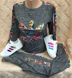 Swans Style is the top online fashion store for women. Shop sexy club dresses, jeans, shoes, bodysuits, skirts and more. Nike Outfits, Cute Swag Outfits, Adidas Outfit, Sporty Outfits, Fall Outfits, Adidas Fashion, Sport Fashion, Teen Fashion, Winter Fashion