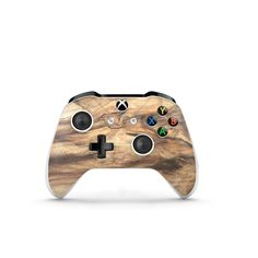 Embrace natural beauty with the Wood Xbox One S Controller Skin. Give your Xbox One S Controller a breath of fresh air with this life-like decal. Video Games Xbox, Xbox 360 Games, Playstation Games, Ps4, Xbox Pc, Xbox One S, Gaming Desk Decorations, Gaming Desk Gadgets, Xbox Accessories