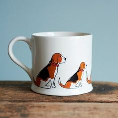 These gorgeous new Beagle Mugs will make perfect gifts for Beagle owners and lovers.  The mugs are made from high quality Cornish clay in England. #beagle #mugs #dogmugs