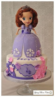 Princess Sofia Cake Flynn Flynn Wuebbles-Nicklin Kennedy wants this for her birthday! Sofia The First Cake, Sofia The First Birthday Party, Disney Princess Birthday Party, Little Girl Birthday, Birthday Cake Girls, Birthday Cakes, Birthday Ideas, Birthday Parties, Princess Sofia Cake