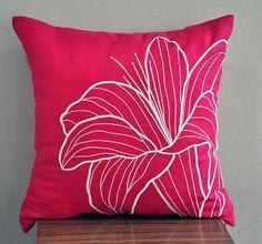 Pink Pillow Cover Decorative Pillow Cover Fuchsia Pink por KainKain                                                                                                                                                                                 Más                                                                                                                                                                                 Más