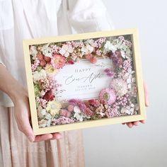 Flower Box Gift, Flower Boxes, Flower Frame, Flower Art, Sola Wood Flowers, Dried Flowers, Wedding Gift Boxes, Wedding Gifts, How To Preserve Flowers