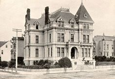 Wenban residence located at 1920 Van Ness in San Francisco Old Country Houses, French Country House Plans, Old Houses, Pole Barn House Plans, Craftsman House Plans, Victorian House Interiors, Victorian Houses, Victorian Gothic, San Francisco Architecture