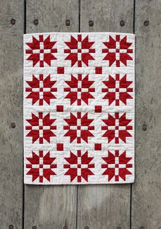 mini red and white star quilt