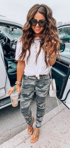 lovely summer outfits you will love cute outfits moda es Look Fashion, Trendy Fashion, Fashion Outfits, Fashion Styles, Womens Fashion, Fashion Brands, Spring Summer Fashion, Spring Outfits, Winter Outfits