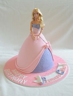 There are many different ways to make a cake, formed as a Barbie doll. Here are some great ideas, how to shape the Barbie cake and decorate Barbie's dress. Check out pictures of beautiful Barbie cakes! Barbie Torte, Bolo Barbie, Barbie Dolls, Pink Barbie, Girly Cakes, Cute Cakes, Fondant Cakes, Cupcake Cakes, 16 Cake