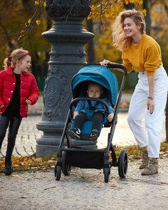 The Balios family has an elegant new member: the Balios S Lux. Part of the CYBEX 4-in-1 Travel System, the Balios S Lux accommodates a seat unit, an infant car seat, the Cot S or the comfy Cocoon S. With one hand it can be folded down to a self-standing position measuring 77 x 60 x 43 cm. The stroller is also suitable from birth, with a large seat that can be reclined to a full lie-flat position. Cocoon, Travel System, 4 In 1, Baby Car Seats, Baby Strollers, Birth, Infant, The Unit, Elegant