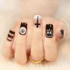 Image discovered by Find images and videos about black, nails and manicure on We Heart It - the app to get lost in what you love. Asian Nail Art, Asian Nails, Holloween Nails, Halloween Acrylic Nails, Pretty Nails, Cute Nails, Hair And Nails, My Nails, Witch Nails