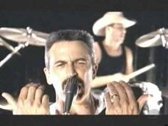 Aaron Tippin: Kiss This (video)